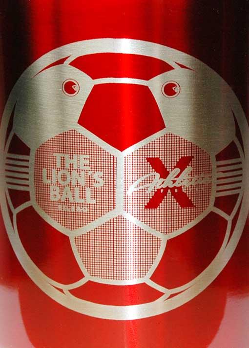 Tazas de metal Athletic The lion´s Ball, cabeza de león-balón.