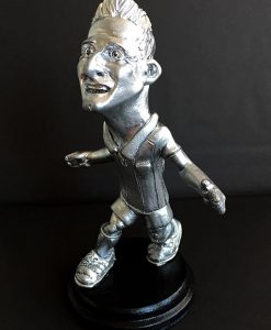 figura de aduriz, escultura en resina de poliuretano