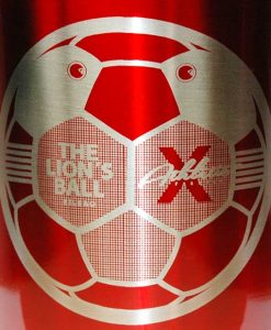 Tazas de metal Athletic The lion´s Ball, cabeza de león-balón.